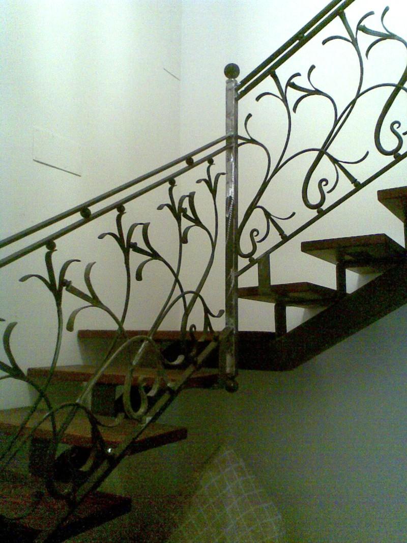 Instalacion de escaleras para viviendas y empresas - Barandas de forja para escaleras ...