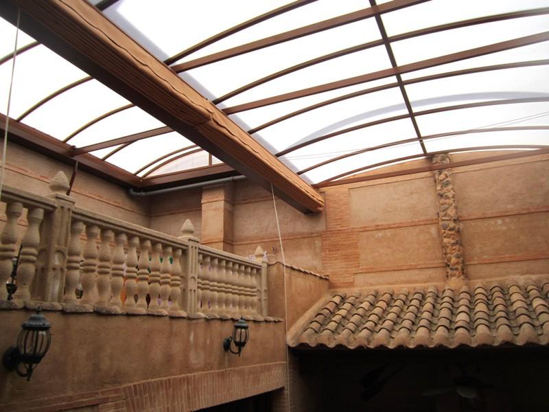 Cubiertas para patios interiores aticos y terrazas for Cerramientos patios interiores
