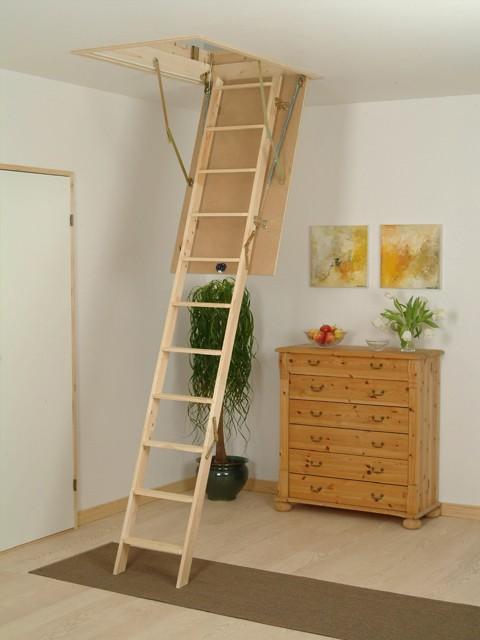 ... Escalera Escamoteable Instalada En Vivienda Para Uso A Buhardilla ...