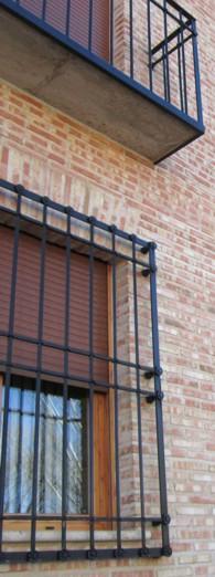 Trabajos en carpinteria metalica aluminio pvc acero - Balcones de forja antiguos ...